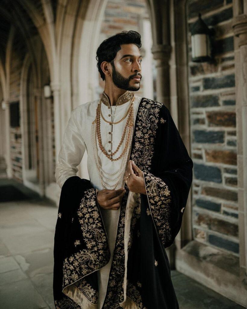 velvet-outfit-ideas-for-grooms